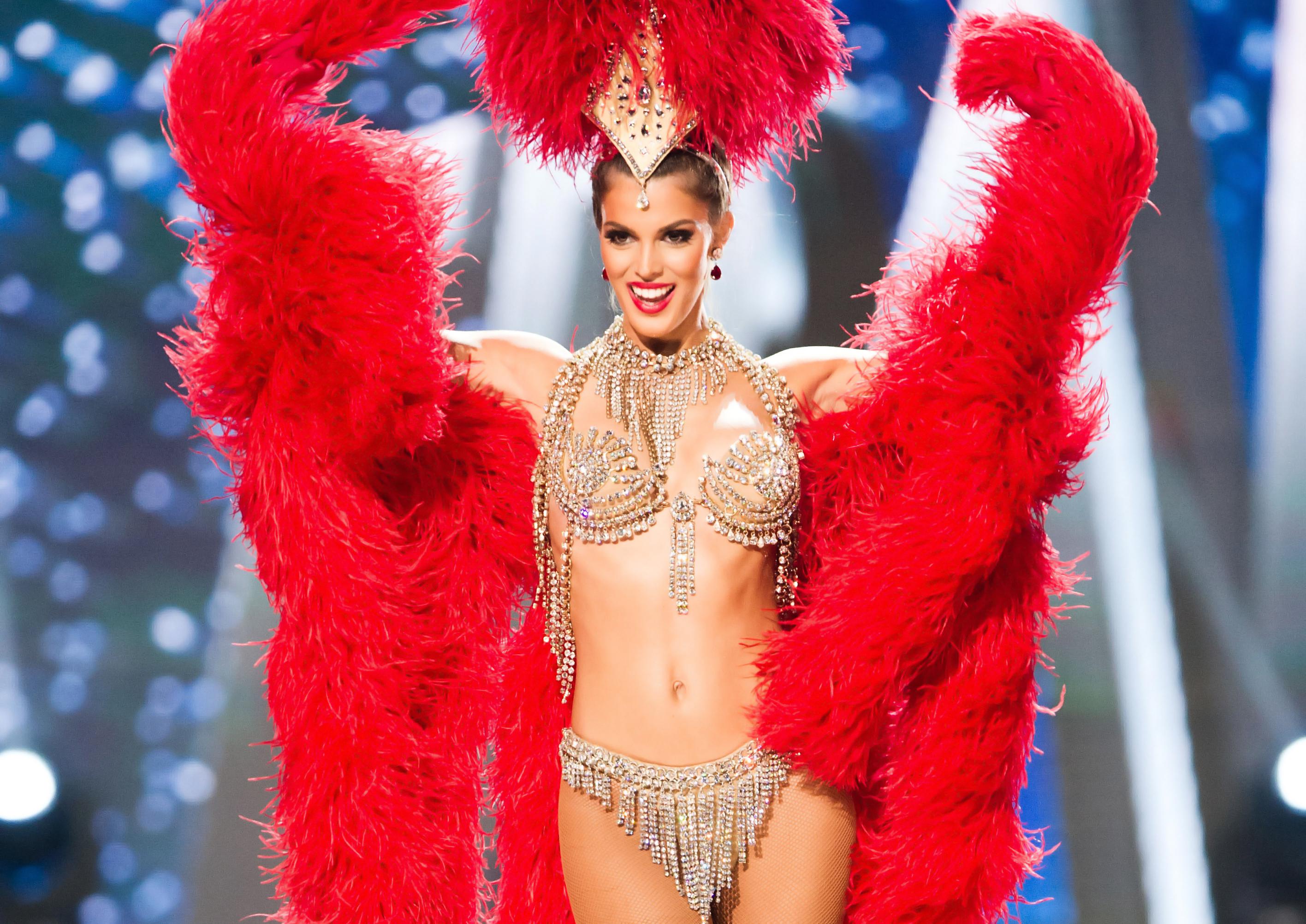 Национален костюм Мис Вселена 2016